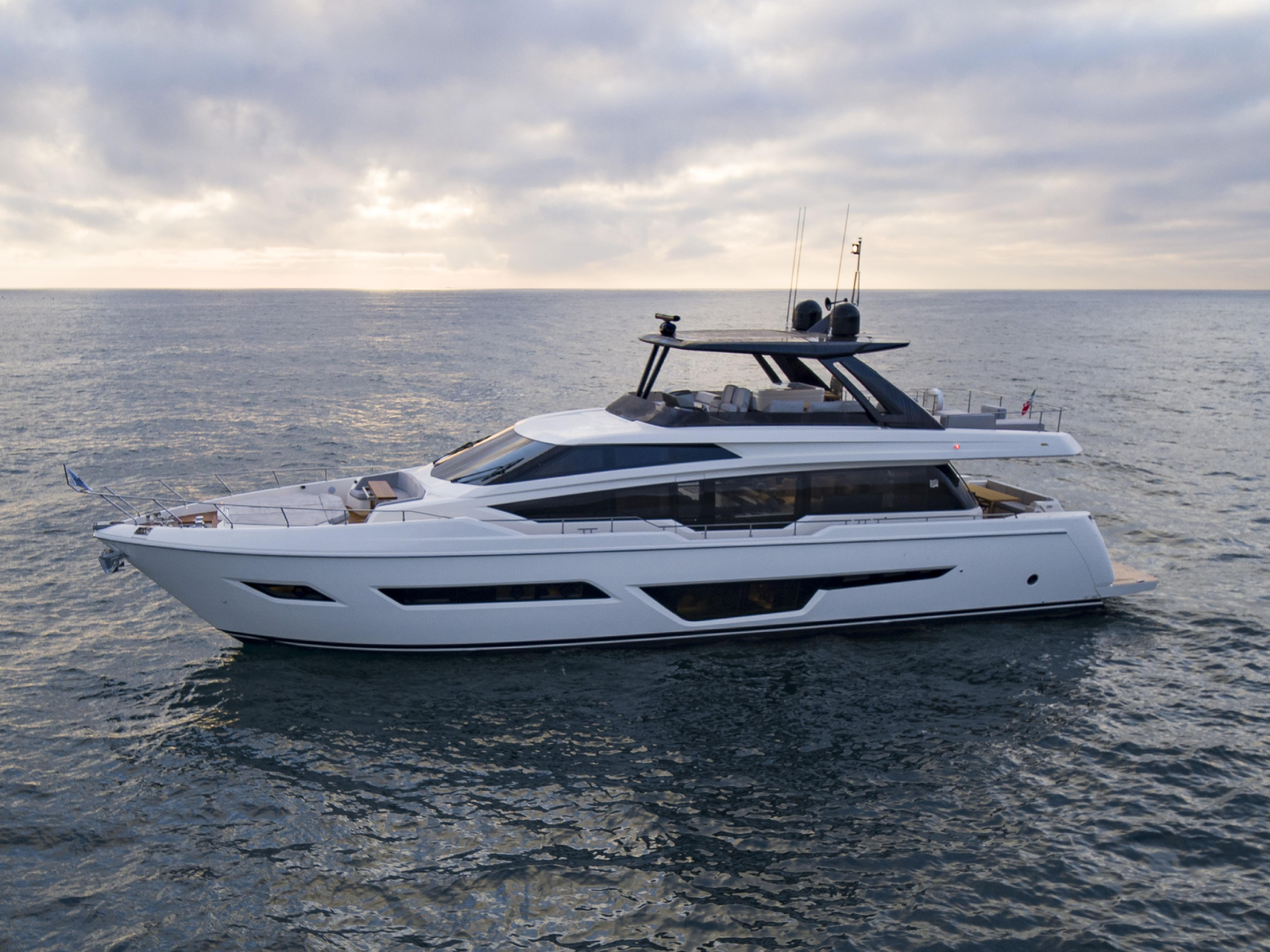 Яхта Ferretti Yachts 780 #38