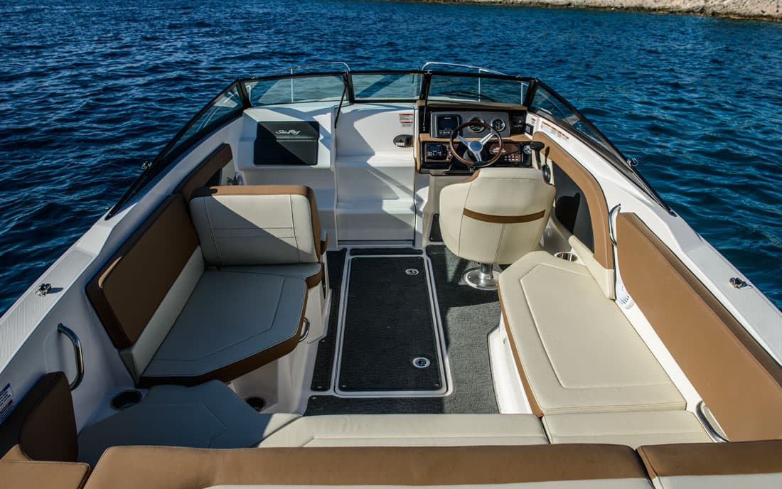 Катер Sea Ray  230 SunSport фото 2.5