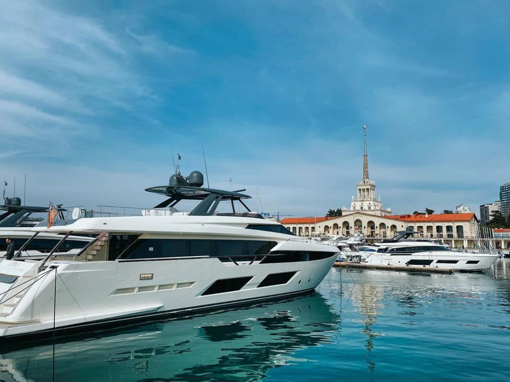 Ferretti Yachts в Sochi Grand Marina by Burevetnik Group
