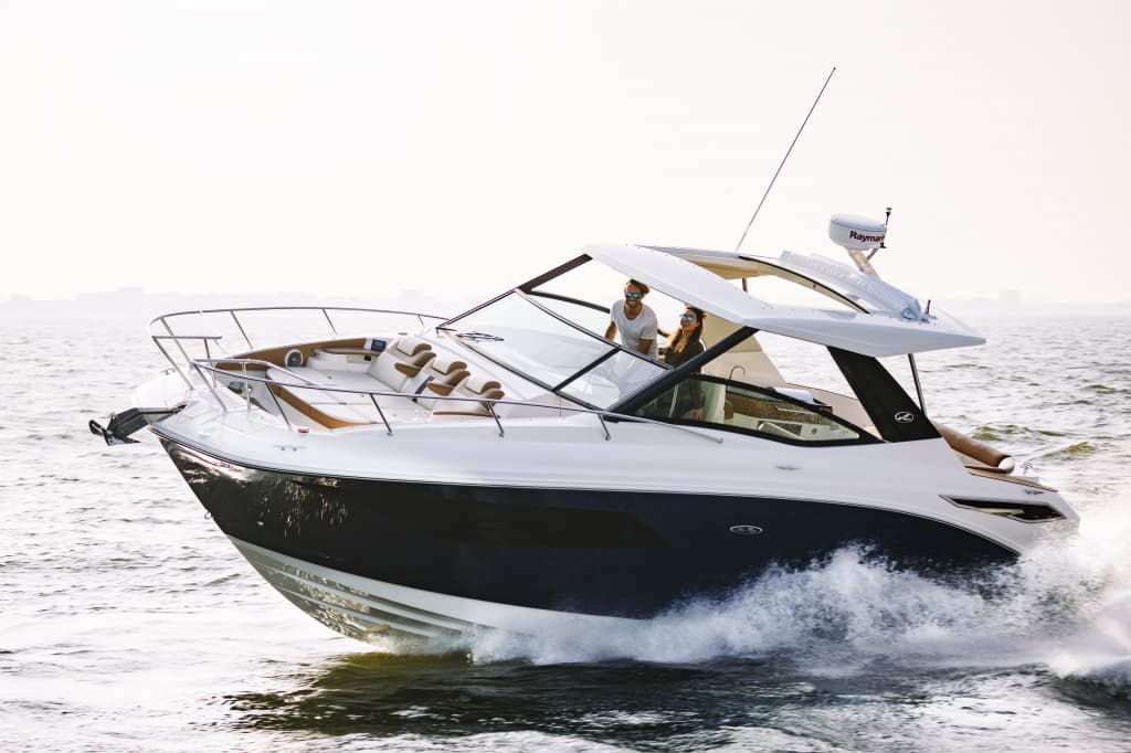 Jerome Wassenaar_Sea Ray 320 Sundancer_022.jpg