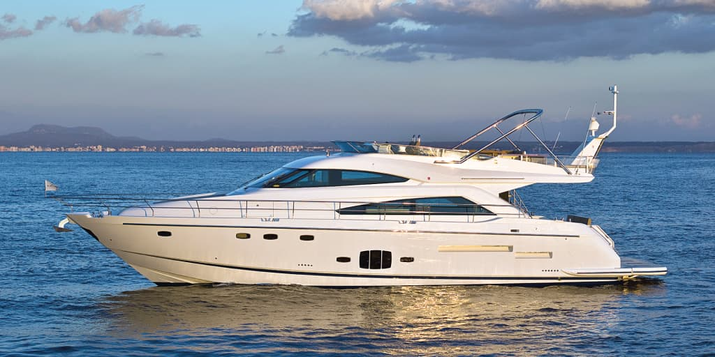 Fairline_Sq_65_1920x960px.jpg