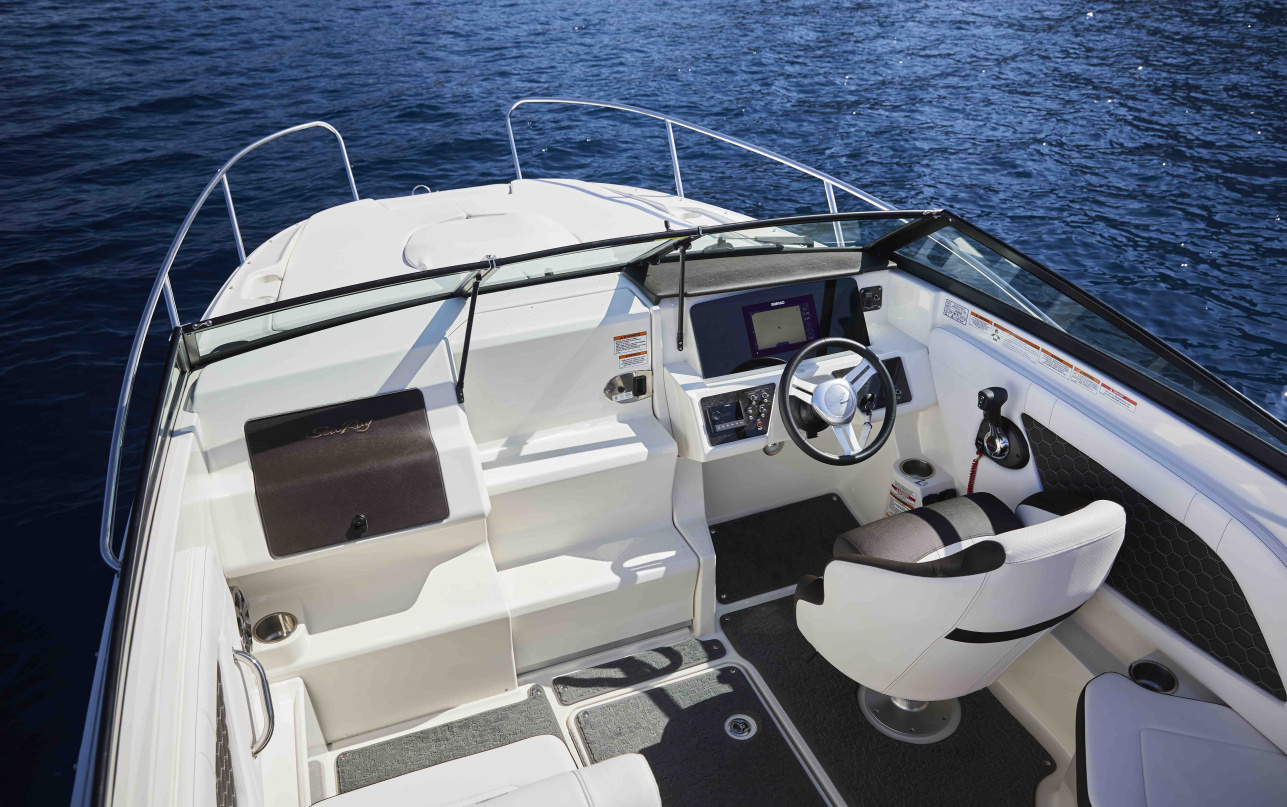 Катер Sea Ray  230 SunSport OB фото 1.2