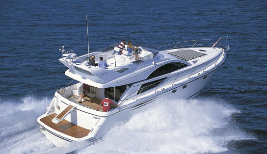 Яхта Fairline Phantom 50